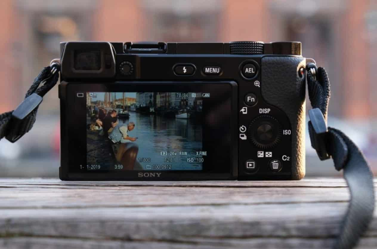Sony A6100 review